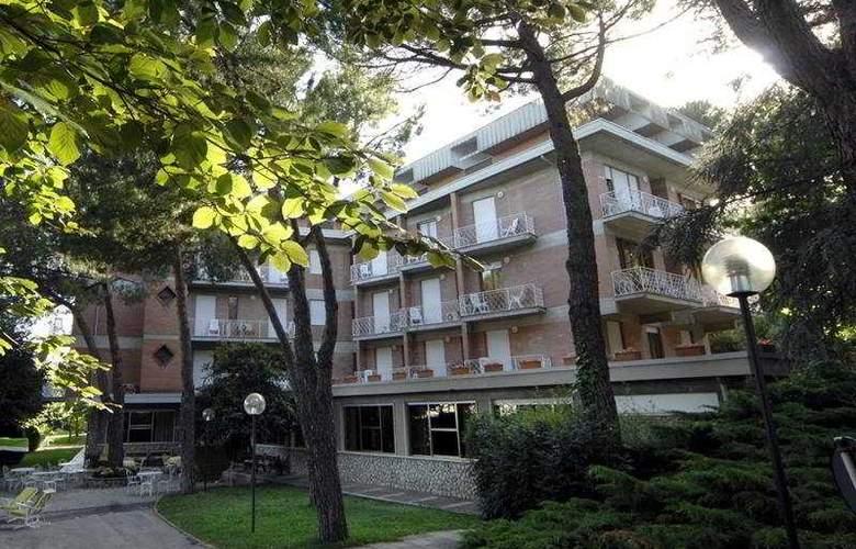 Raffaello - Hotel - 0