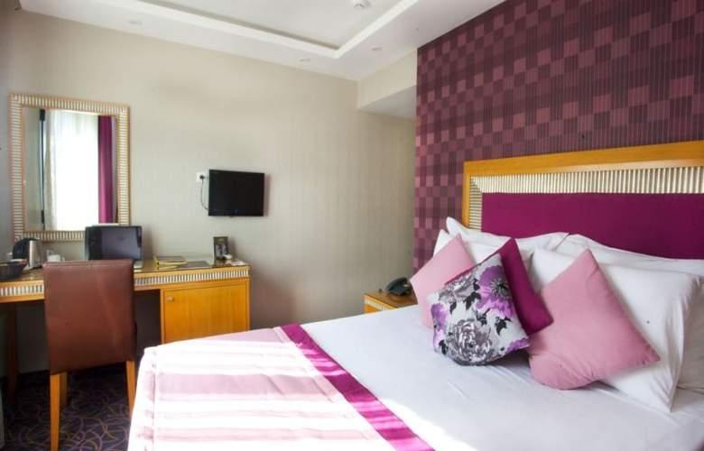 Carlton - Room - 6