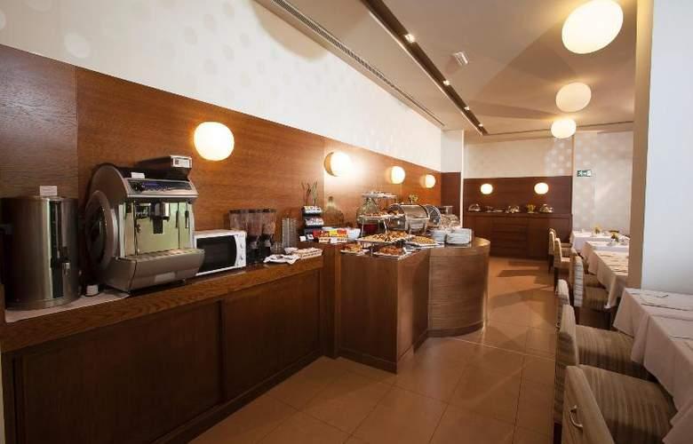 Spa Attica 21 Villalba - Restaurant - 25