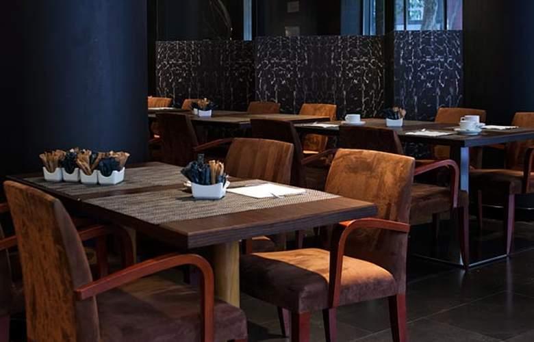 AC Carlton Madrid - Restaurant - 19