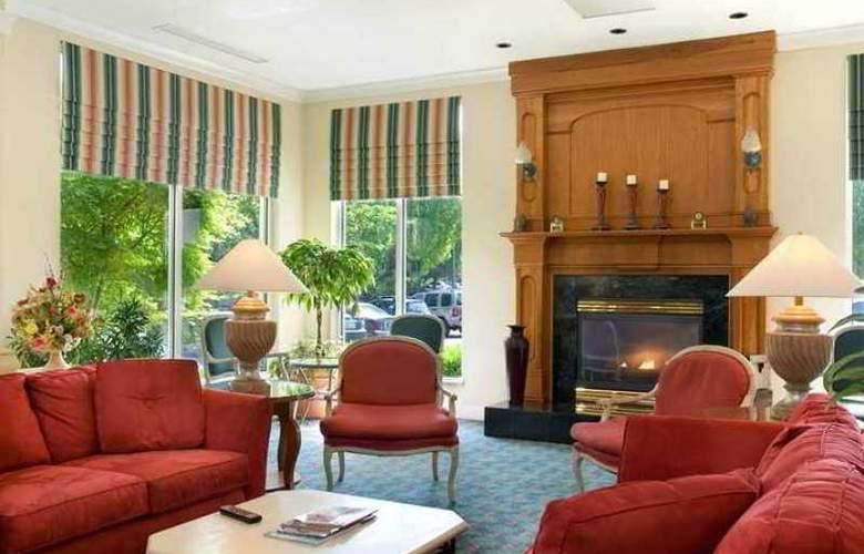 Hilton Garden Inn Portland Airport - Hotel - 0