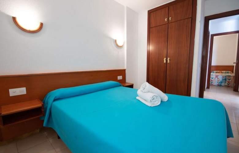 Almonsa Playa - Room - 16