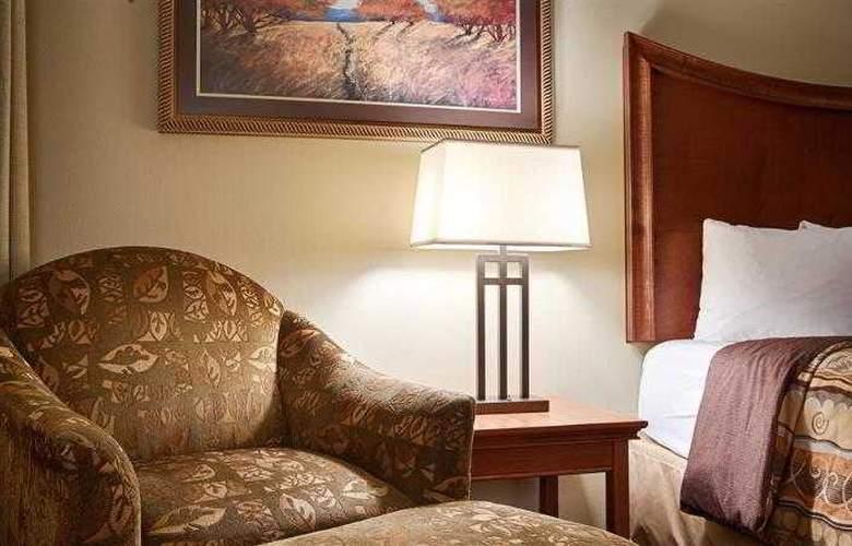 Best Western Plus Grand Island Inn & Suites - Hotel - 29