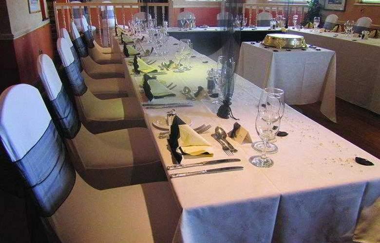 Best Western Consort Hotel - Hotel - 19