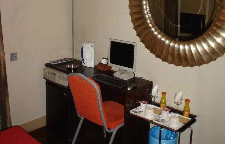 Gay Pension Madrid House - Room - 3