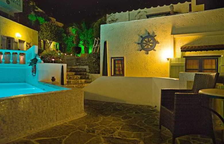 Korifi Suites Art Hotel - Pool - 6