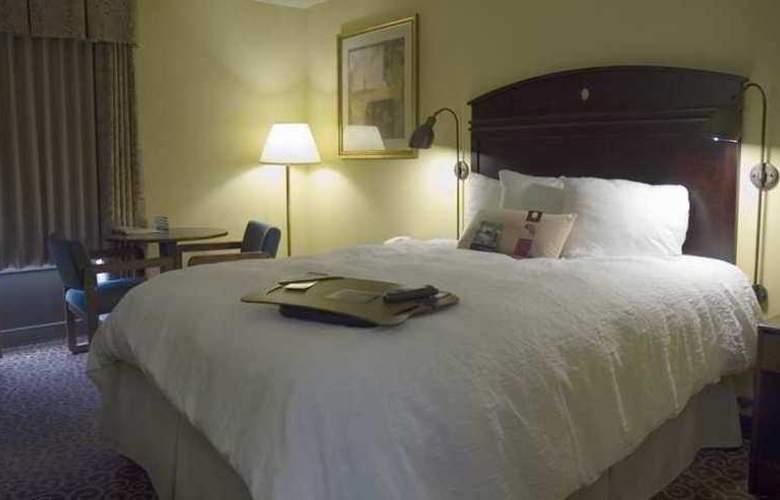 Hampton Inn Portland East - Hotel - 8
