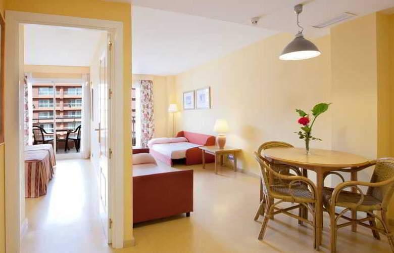 Best Roquetas - Room - 8