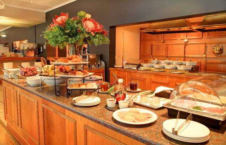 Protea Hotel Outeniqua - Restaurant - 25
