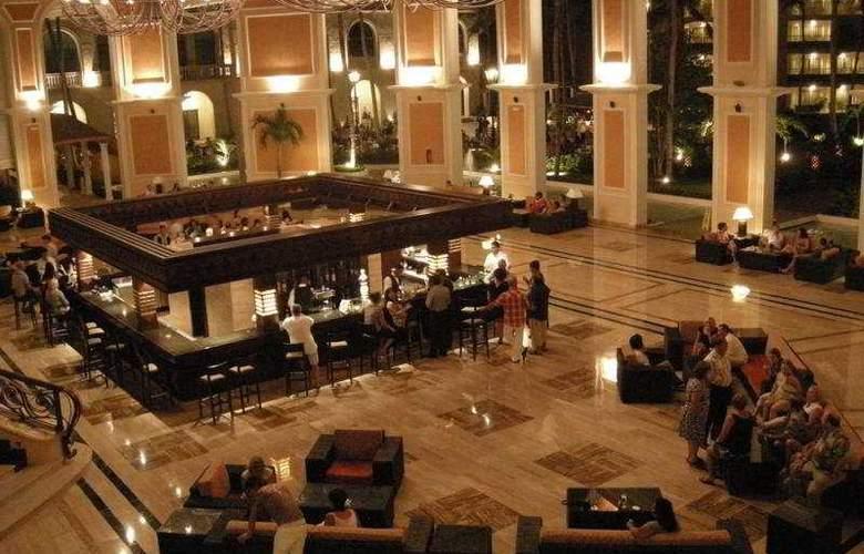 Majestic Elegance Punta Cana - Bar - 5