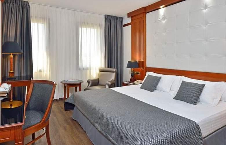 Meliá Girona - Room - 14