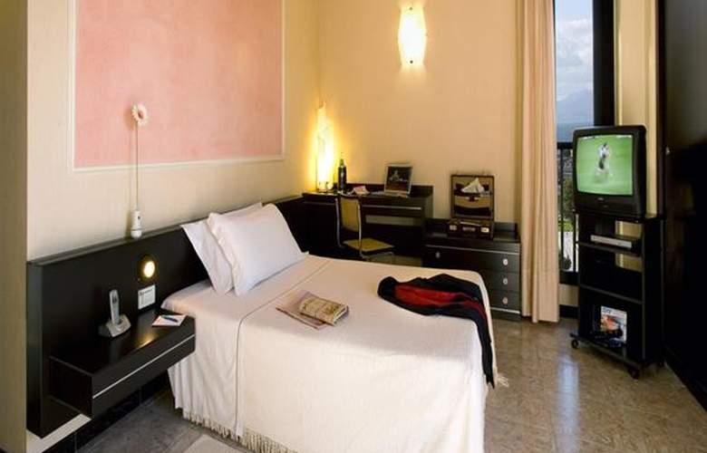 Panorama - Hotel - 2