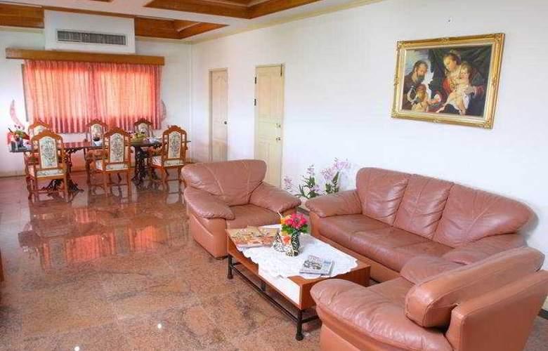 13 Coins Hotel Bang Yai, Bangkok - Room - 5