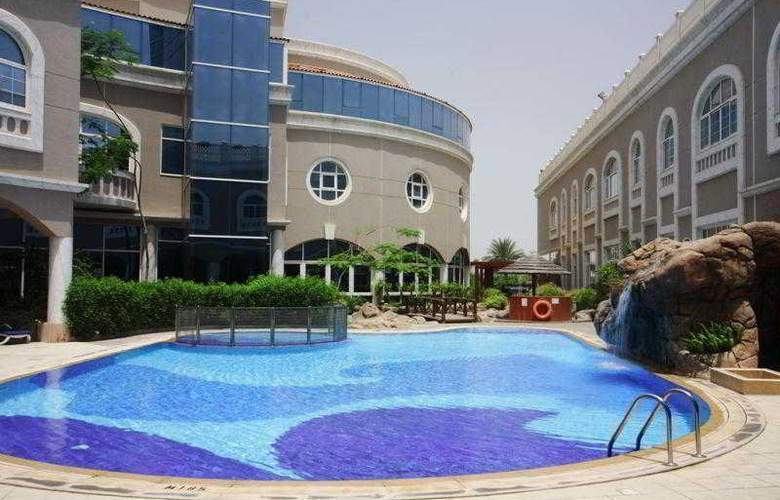 Sharjah Premiere Hotel & Resort - Pool - 3