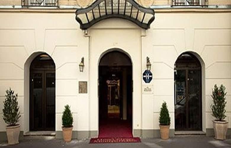 Timhotel Tour Montparnasse - Hotel - 1