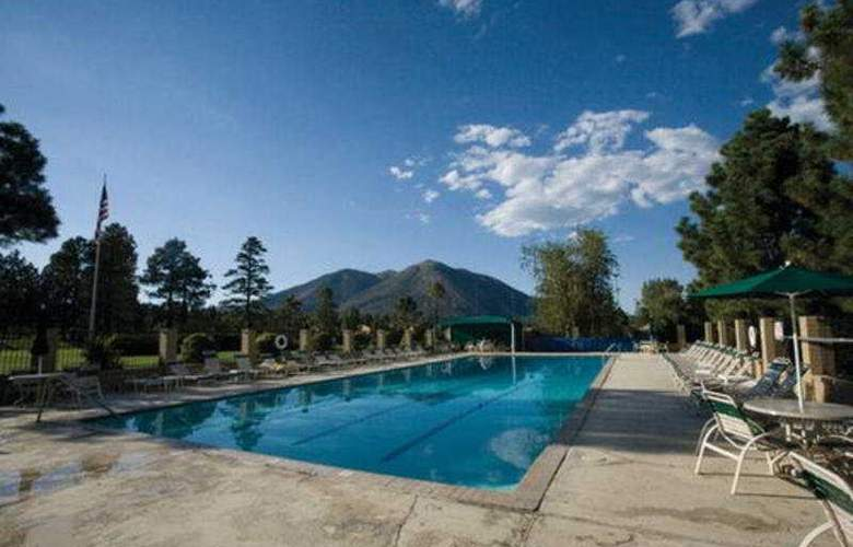 Wyndham Flagstaff - Extra Holidays - Pool - 5