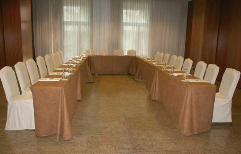 Egido las Provincias - Conference - 10