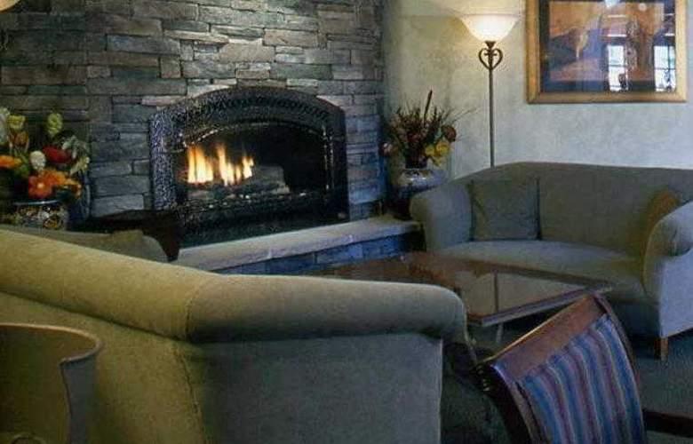 Best Western Plus El Rancho - Hotel - 29