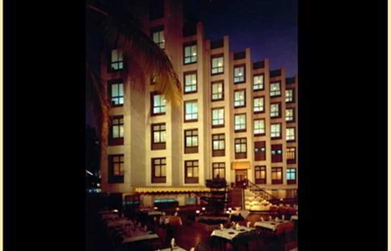 Ashish Plaza - Hotel - 0