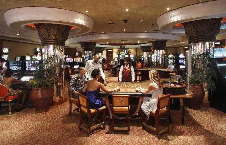 Avani Windhoek Hotel & Casino - Sport - 10