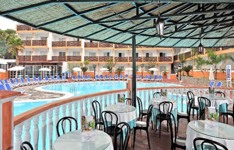 Apartamentos Globales Tamaimo Tropical - Restaurant - 23