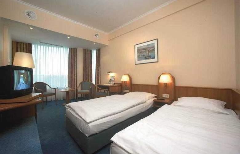 Best Western Hotel International - Hotel - 4