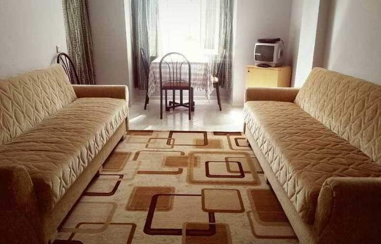 Club Ege Apart Hotel - Room - 4