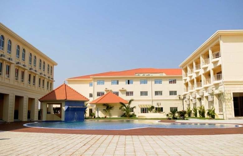 Ritz Victoria Garden - Hotel - 0