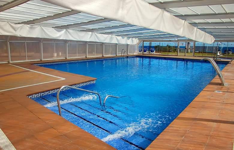 Servigroup Marina Playa - Pool - 10