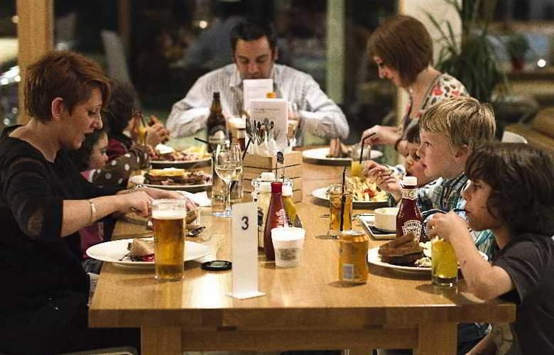 Portavadie Loch Fyne Scotland - Restaurant - 18