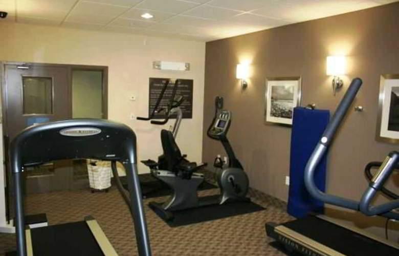 Hampton Inn Hotel & Suites - Sport - 2