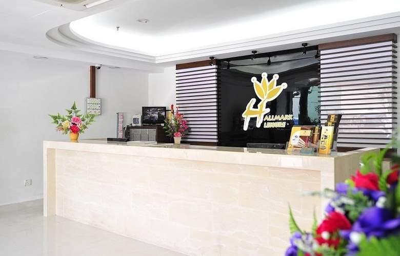 Hallmark Leisure Hotel - General - 1
