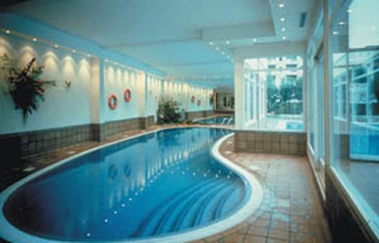 Panorama - Pool - 2