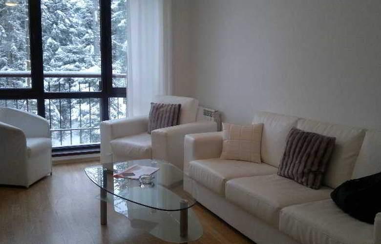 Persey Flora Apartments - Room - 6