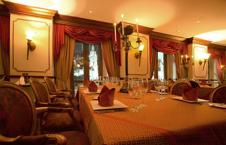 Plaza Grande - Restaurant - 15