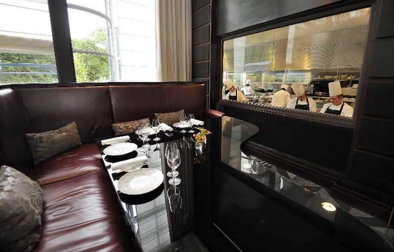 Trianon Palace Versailles, A Waldorf Astoria Hotel - Restaurant - 17