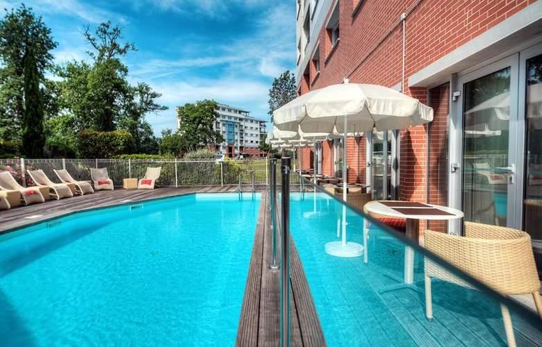 Zenitude Toulouse - Le Parc de l'Escale - Pool - 4