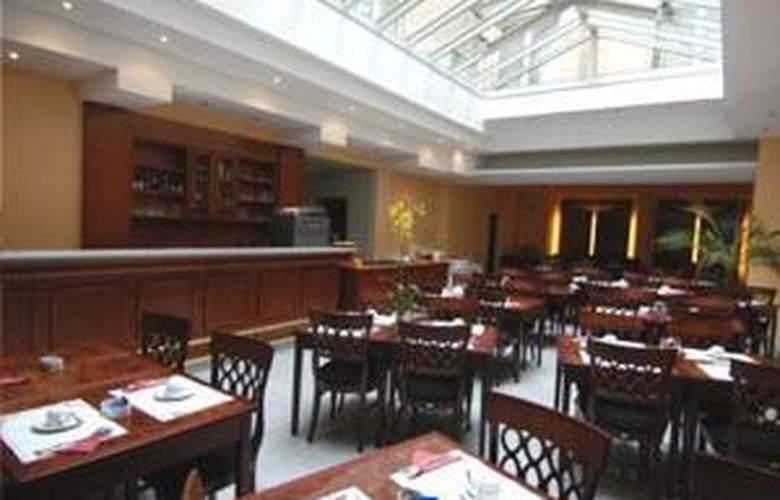 Belmont - Restaurant - 27