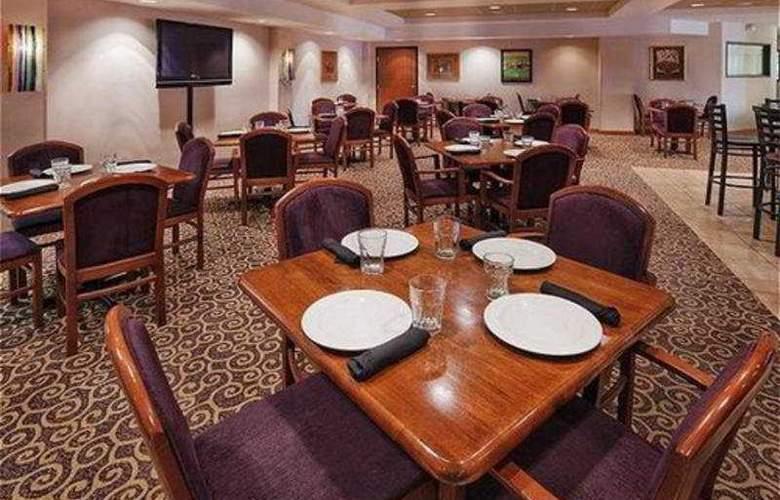 Radisson Hotel Dallas North Addison - Restaurant - 5