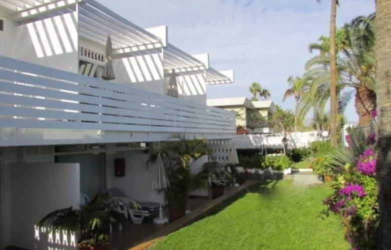 El Capricho - Hotel - 3
