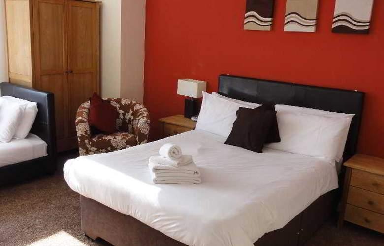 Comfort Zone Cutlass Court Apartments - Room - 4
