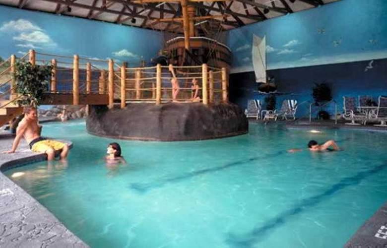 John Carver Inn - Pool - 3