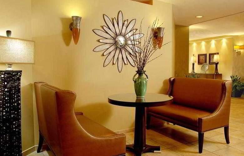 Doubletree Guest Suites In The Walt Disney World - General - 30