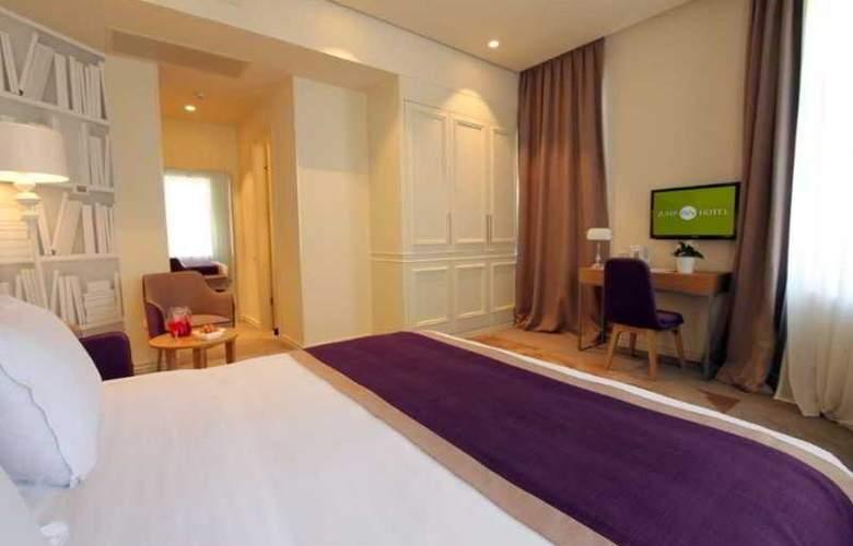 Jump Inn Belgrade - Room - 8