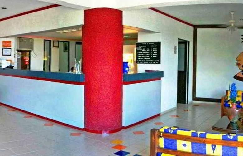 Hotel Uxulkah - General - 1