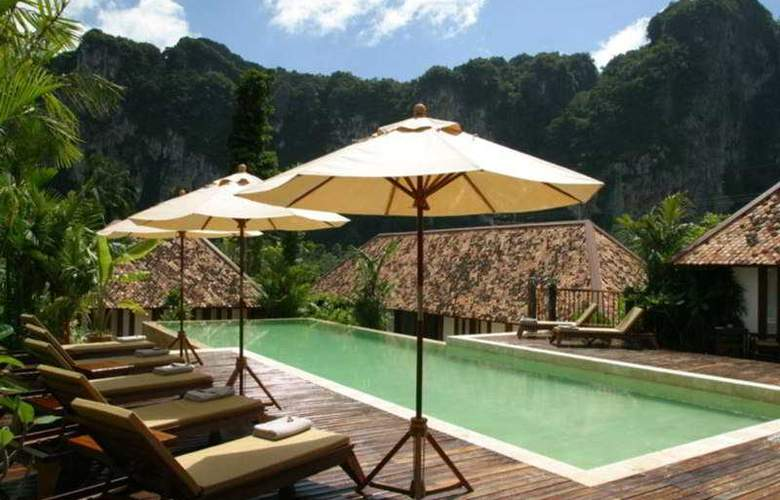 Cliff Ao Nang Resort - Pool - 12