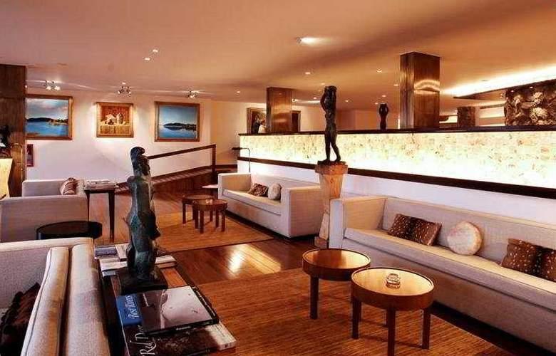 El Casco Art Hotel - General - 1