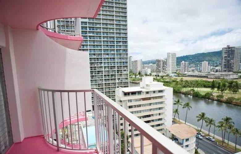 Ilima Hotel - Terrace - 7