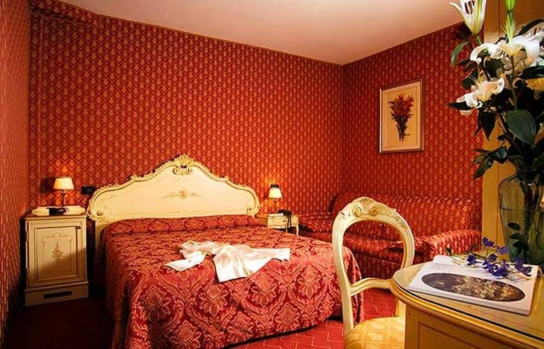 Hotel Mignon - Hotel - 0