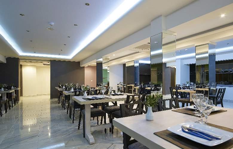 MISTRAL BAY - Restaurant - 4